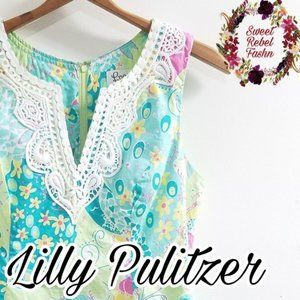 Lilly Pulitzer top size 4 Floral Lace blue